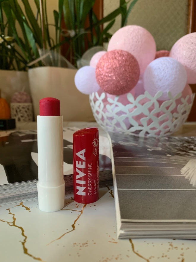 cherry lip balm nivea