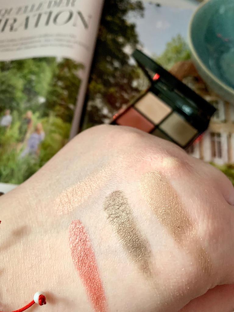 suqqu designing color eyeshadow palette