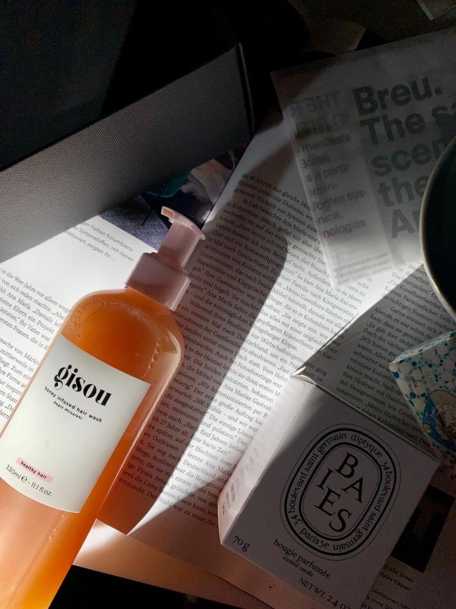 gisou haircare honey infused hair wash